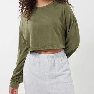 GARAGE   Olive cropped crewneck sweater size S